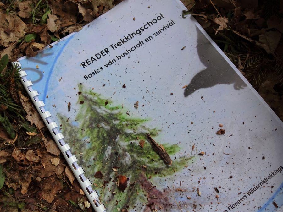 reader voor reisleiders van reisorganisaties over survival in de wildernis